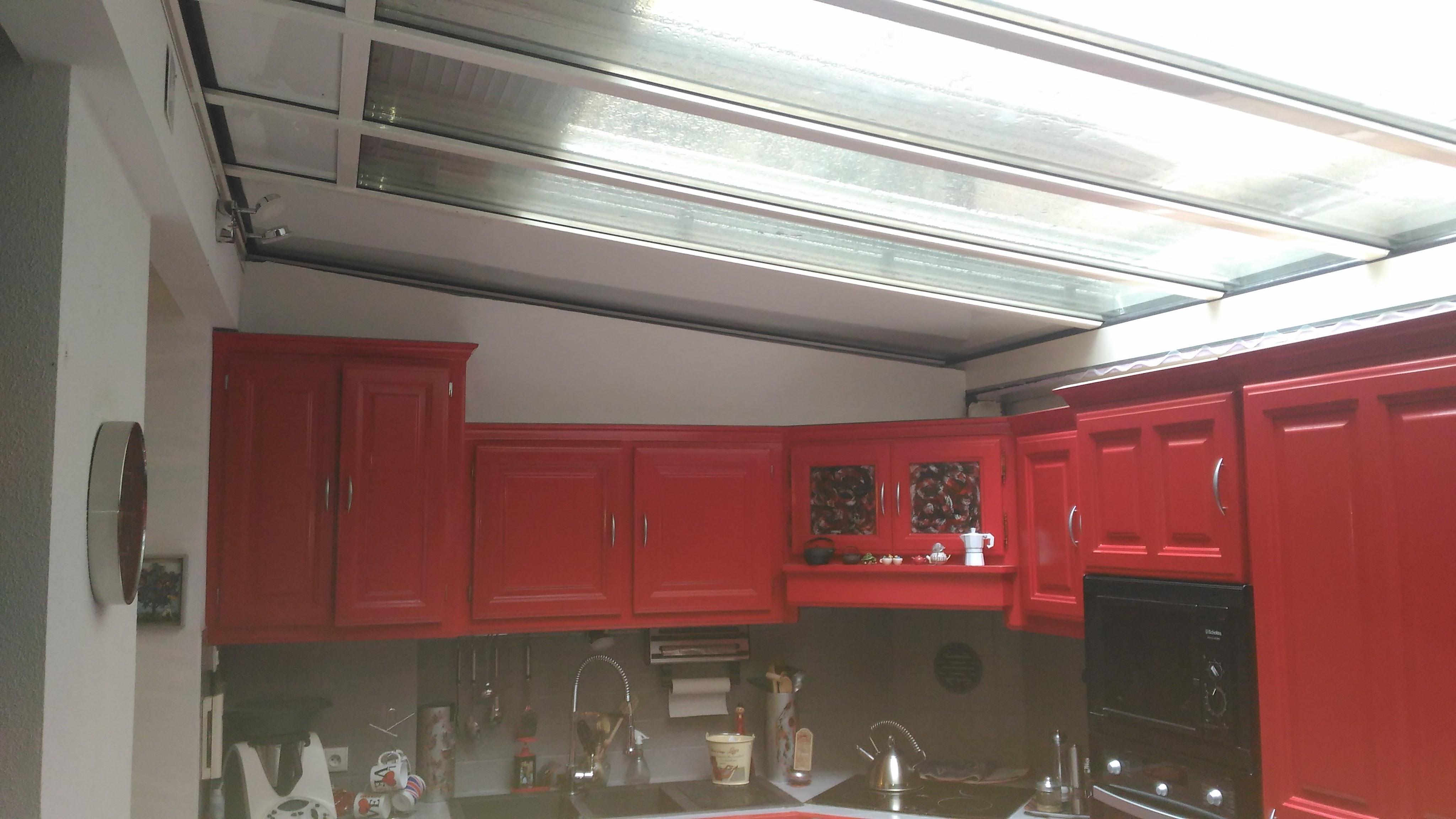 Agrandissement de la cuisine avec une toiture vitrée