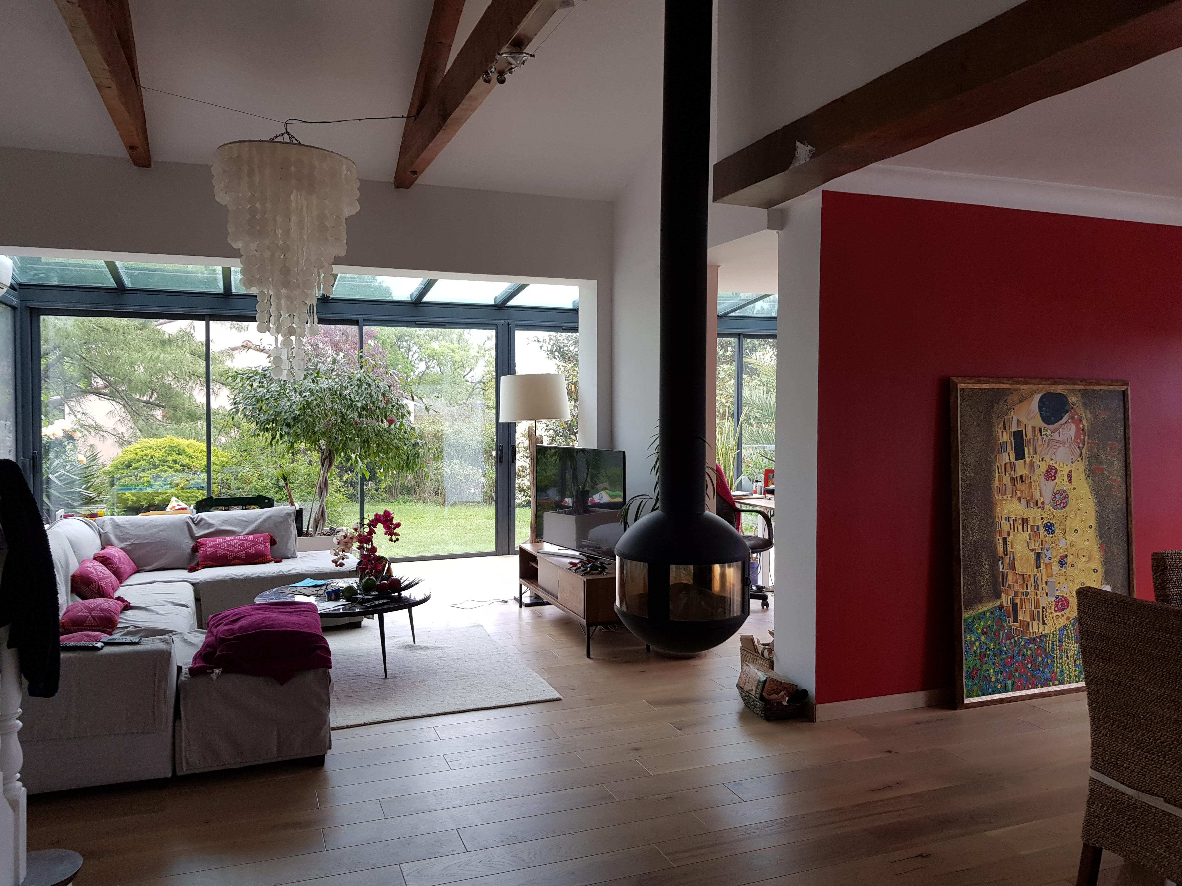 Composition en baies vitrées pour agrandir le salon de la maison